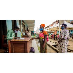 Covid-19 : premières victimes de la pandémie, les femmes devraient participer aux efforts de rétablissement