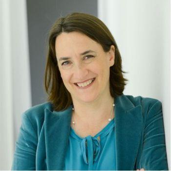 Delphine D'AMARZIT, Première femme PDG de la Bourse de Paris